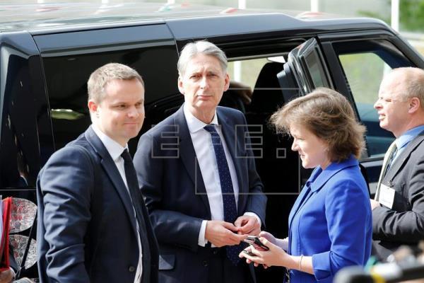 El Reino Unido pide una rápida aplicación del acuerdo de febrero si se queda en la UE