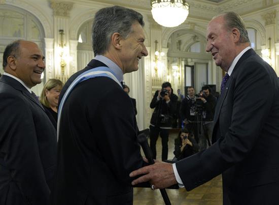 El rey Juan Carlos I se reúne con colectivos españoles en Argentina