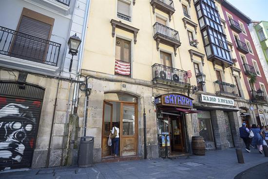 Una mujer de 79 años mata a su hijo de 60 y se suicida en Bilbao