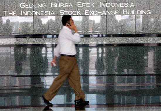 Las bolsas del Sudeste Asiático arrancan con números mixtos