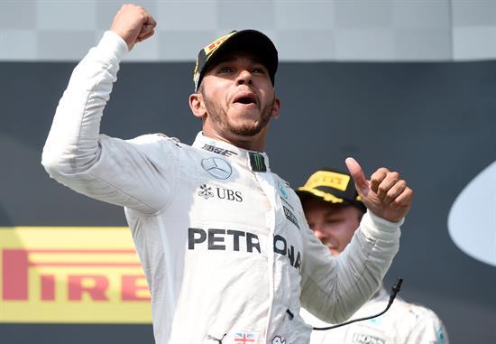 Hamilton campeón del mundo de Fórmula Uno por cuarta vez