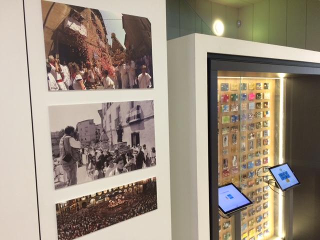 La Caixa ofrece un exposición fotográfica que recorre 30 años de Fiestas de Tudela
