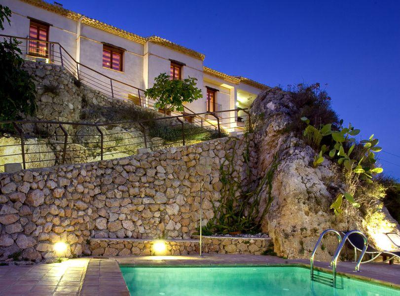 Los alojamientos con piscina los más solicitados en el turismo rural