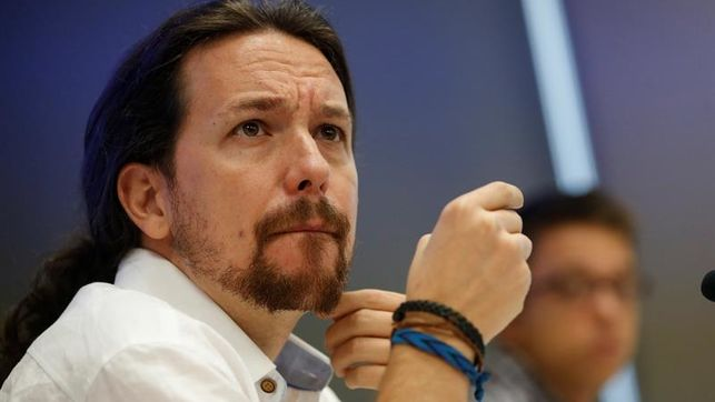 Iglesias impone los mismos límites que Errejón a la fusión con IU