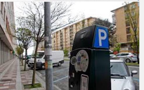 El Ayuntamiento de Pamplona estudia extender la zona azul de la ciudad