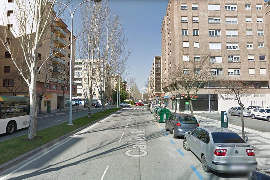 Un peatón de 31 años y un ciclista de 62, heridos al ser atropellados en Iturrama y II Ensanche