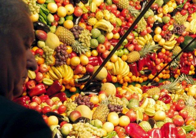 El consumo de fruta fresca disminuye un 4 % pero aumenta entre los jóvenes