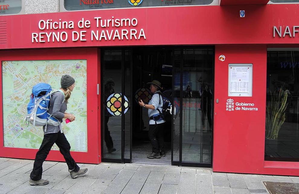 El empleo en el sector turístico en Navarra se desploma un 12,1% y un 15,1% en España