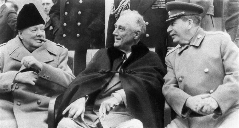 Los sobornos de Churchill evitaron la entrada de España en la II Guerra Mundial