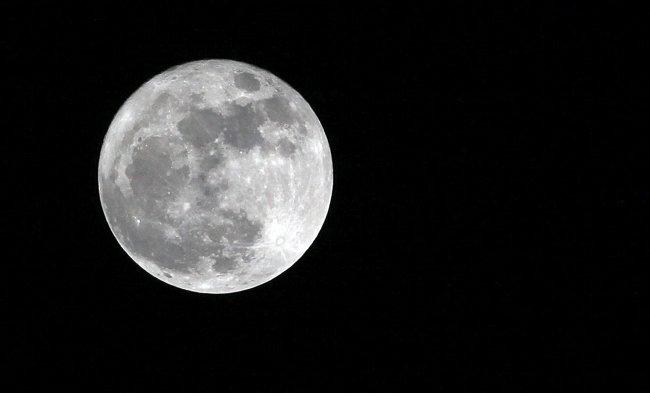 EEUU quiere enviar astronautas a la Luna y sentar bases para explorar Marte