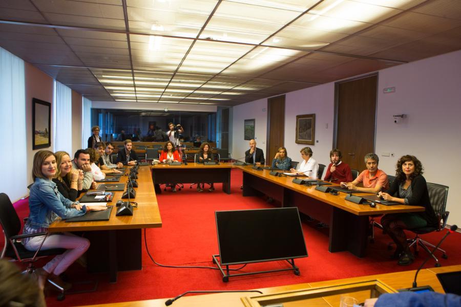 Se insta al Gobierno de Navarra a trabajar con organizaciones y agentes sociales para la modificación del Decreto Foral