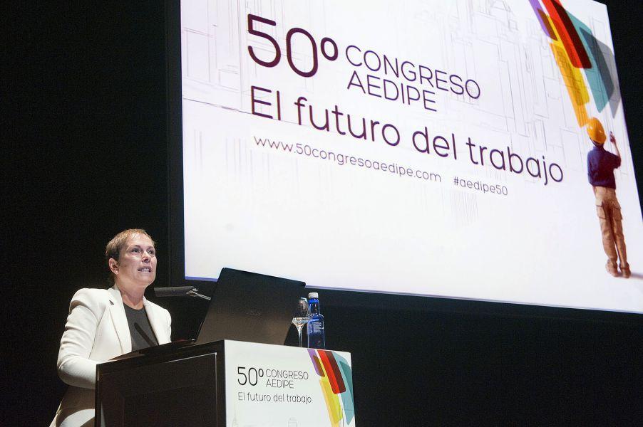 La Presidenta Barkos defiende que el capital humano es una de las claves para asegurar el crecimiento económico
