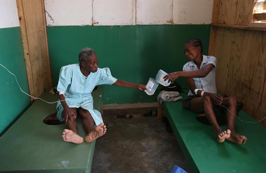 Al menos 20 muertes por cólera en sur de Haití tras paso huracán Matthew