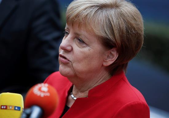Merkel, dispuesta a apoyar a España si crece la llegada de inmigrantes