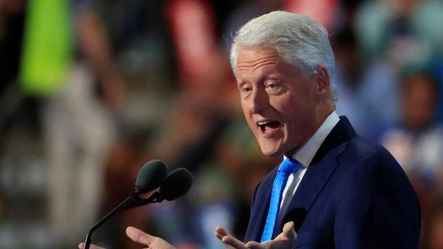 Bill Clinton critica la reforma sanitaria de Obama