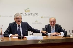 Eduardo Torres Dulce (i), Manuel Aragón, Reyes (d)