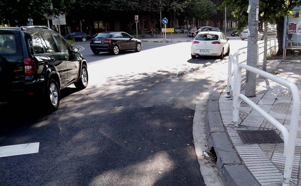 Herida de gravedad una motorista de 37 años en un accidente en la Avenida Barañáin de Pamplona