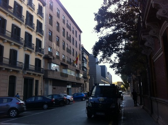Un detenido muere en la Comisaría de Pamplona por causas desconocidas