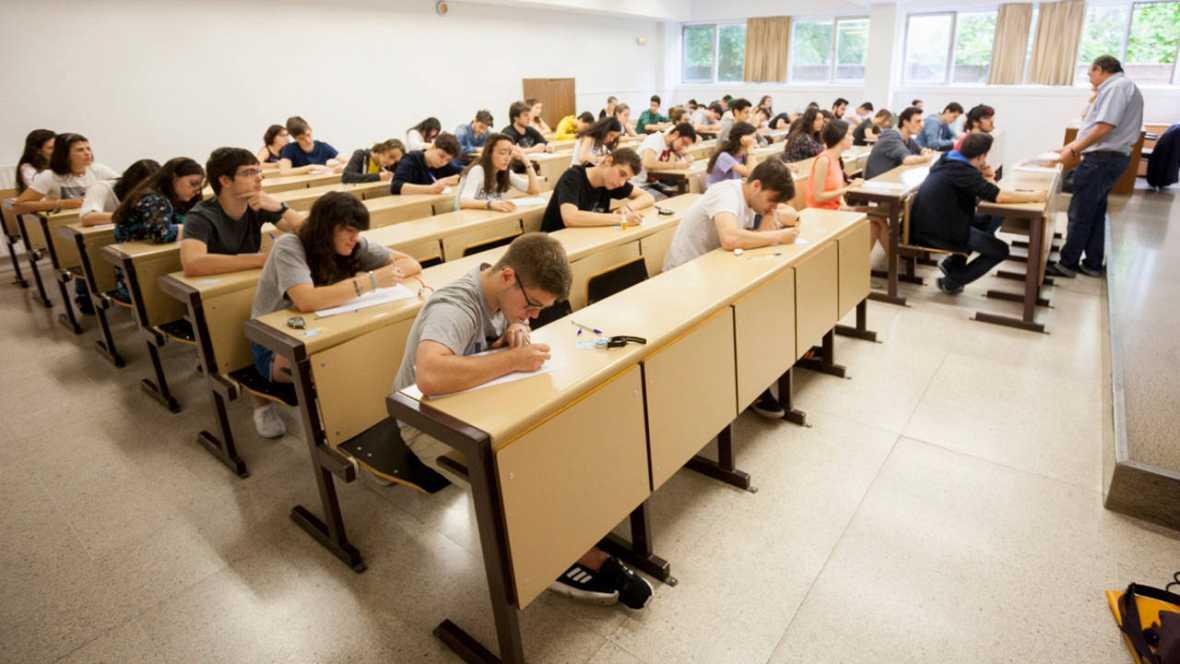 Educación aplazará el efecto académico de las reválidas si hay Gobierno, según C's