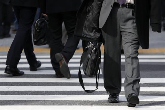 Japón facilitará la residencia permanente para extranjeros muy cualificados