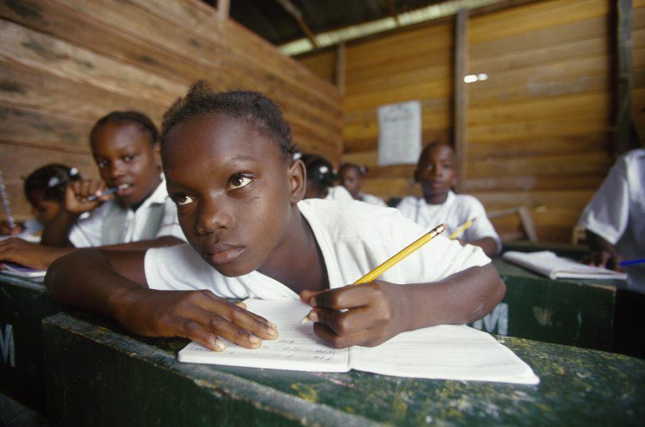 ACNUR y Sendaviva colaboran para escolarizar  a niños refugiados