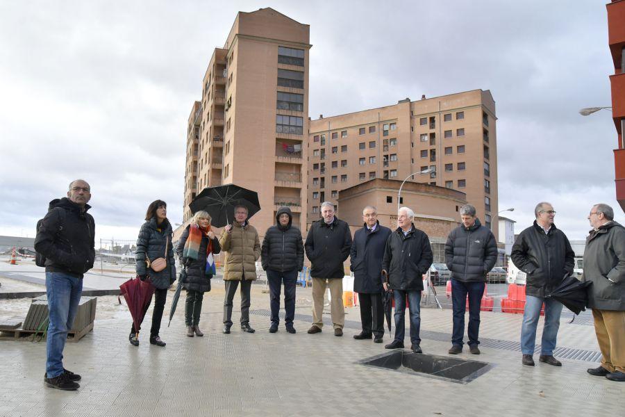Visita de los concejales de Pamplona a las obras de urbanización de Milagrosa Sur