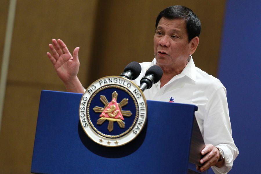 Críticas a Duterte ante la amenaza de crear un escuadrón para asesinar comunistas