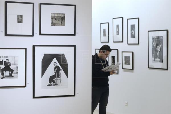 Una exposición recupera a los fotógrafos de los 50 en la España de posguerra