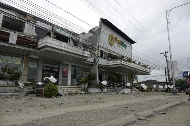 Seis muertos y más de 100 heridos en un terremoto al sur de Filipinas