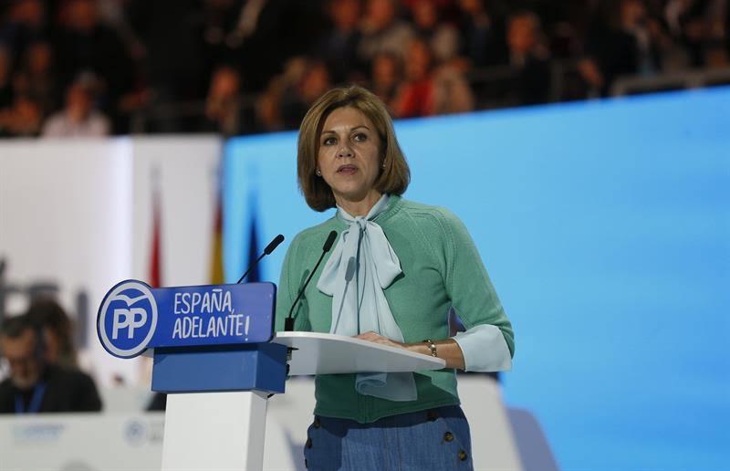 """Cospedal subraya que España fue la primera en poner """"diques al populismo"""" en la UE"""