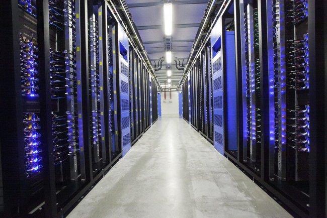 El Defensor del Pueblo recurre ante el TC la nueva Ley de Protección de Datos