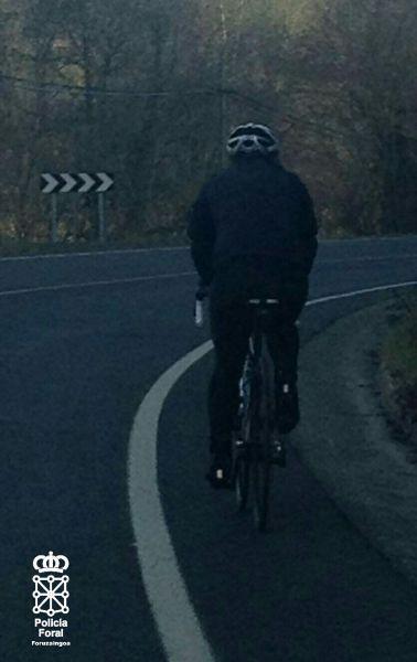 El Gobierno de Navarra instalará señales de protección para ciclistas en las carreteras navarras