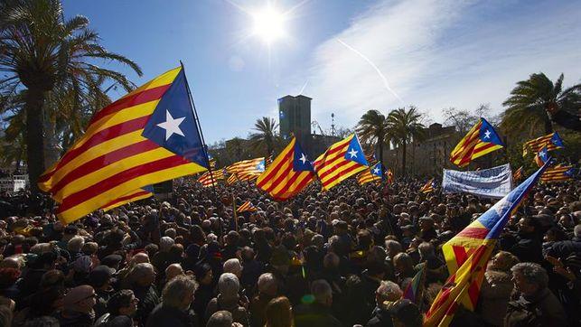 La preocupación por Cataluña cae 12 puntos desde la entrada en vigor del 155, según el CIS