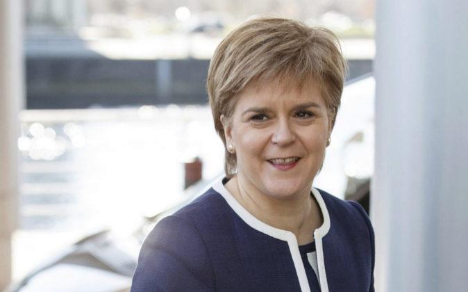 Escocia solicita formalmente a Londres otro referéndum de independencia
