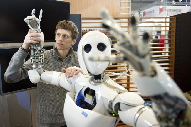 Los sistemas de inteligencia artificial copian el sesgo de los humanos