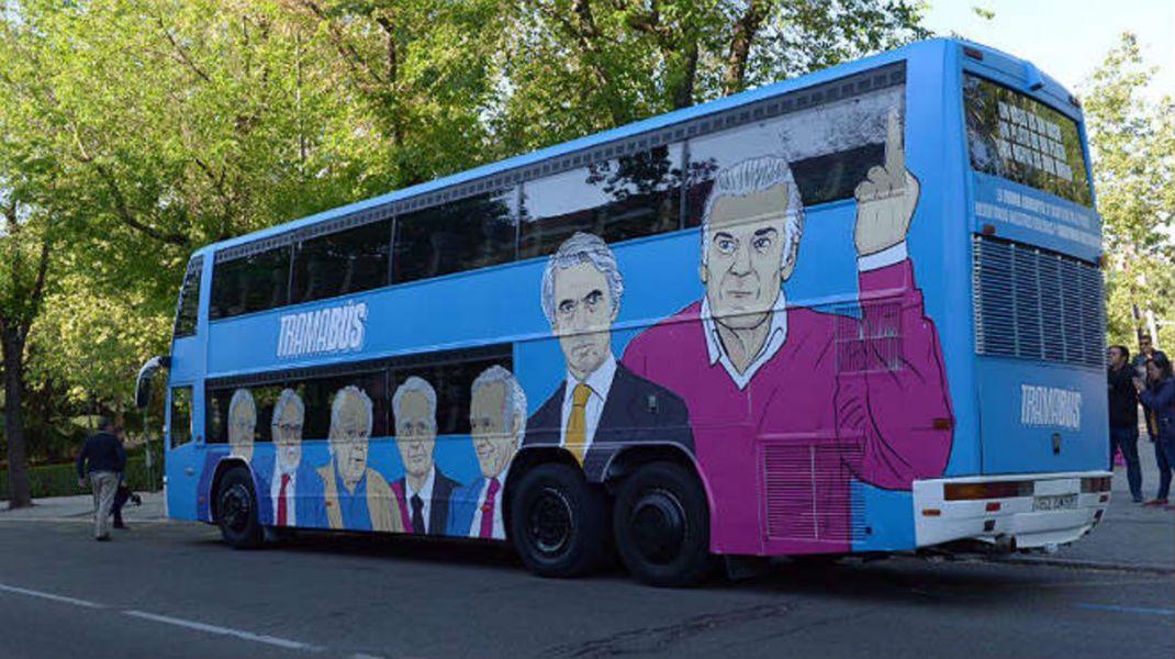 El autobús de Iglesias (Podemos) circula con permiso del Ayuntamiento de Madrid