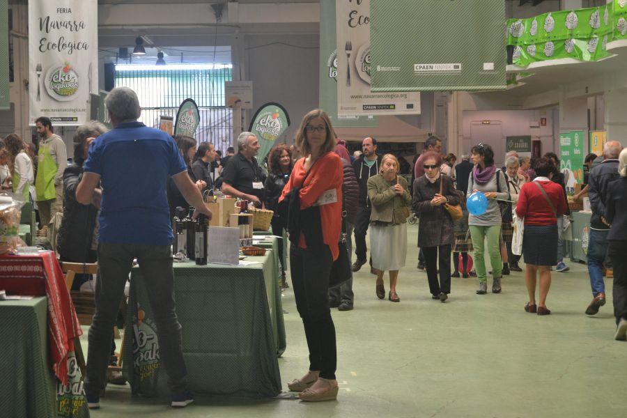 La Feria Navarra Ecológica, tras un exitoso inicio, entra en su recta final