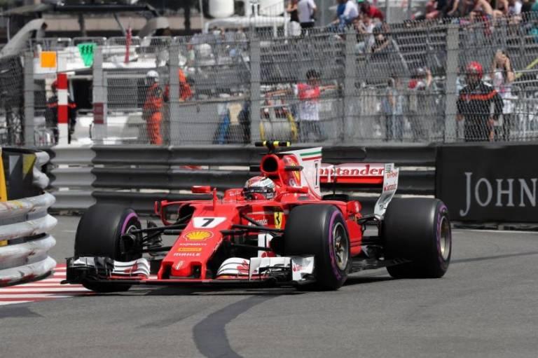 El finlandés Kimi Raikkonen logra la 'pole position' en Mónaco