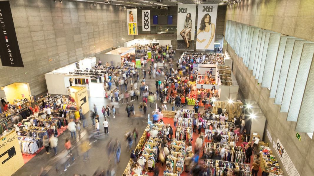Stock! Feria Outlet Navarra vuelve a Refena en Pamplona