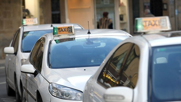 Irache pide que sea diurno el horario de taxis de 6 a 7 de la mañana