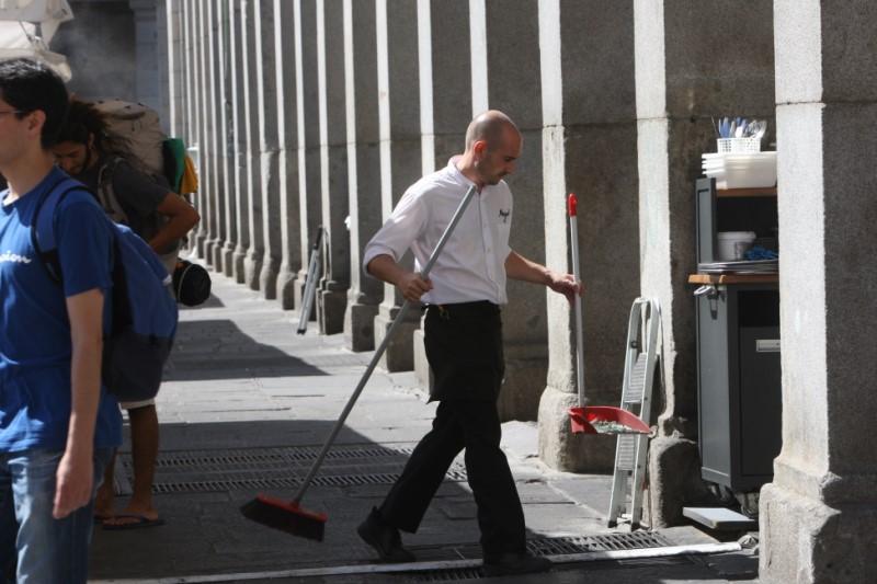 El paro sube en España en 46.400 personas en agosto y aumenta el total a 3,38 millones