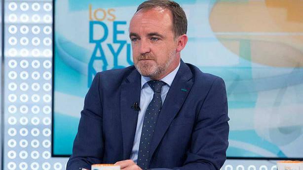 """Javier Esparza: """"Barkos trabaja todos los días para que Navarra se acerque a la CAV, sea anexionada y plantear la ruptura con España"""""""