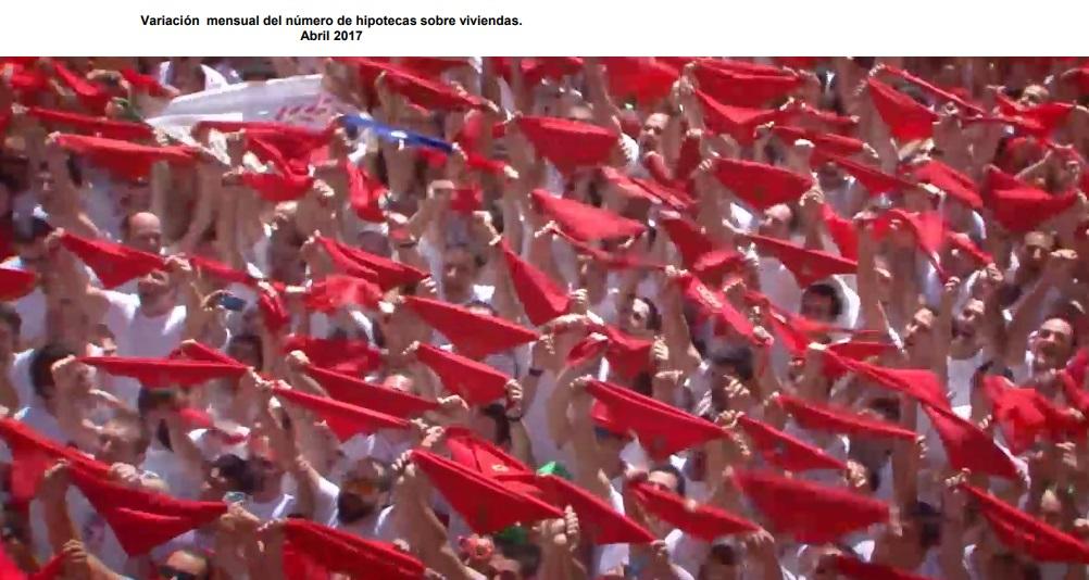 El bando de San Fermín prohíbe el acceso a la Plaza Consistorial con banderas o telas de gran tamaño durante el Chupinazo