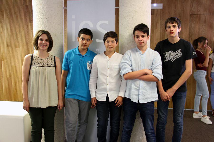 Alumnos del IES Ibaialde de Burlada ganan un concurso nacional de estadística para estudiantes