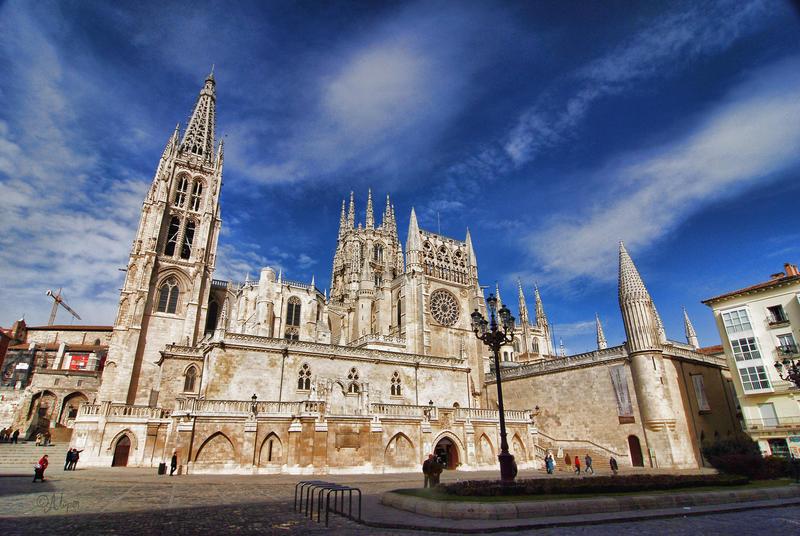 La catedral de Burgos se prepara para lucir