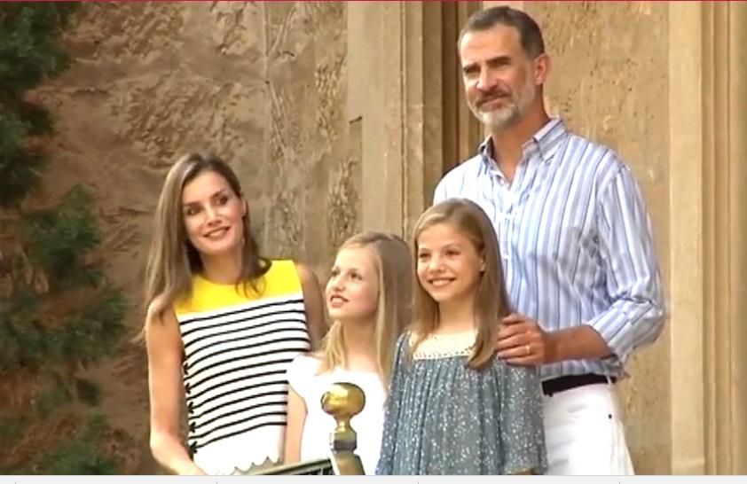 La Familia Real posa ante los medios en Palma de Mallorca