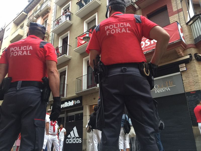 La Policía Foral detiene a tres personas por cometer diferentes hurtos en Sanfermines