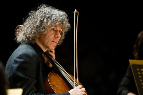 "Steven Isserlis ""conecta"" la música de chelo desde Bach al siglo XXI"