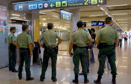 La plantilla de Eulen acepta volver a votar la propuesta de la Generalidad antes de que la Guardia Civil asuma el control de El Prat