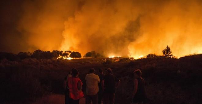 El incendio de Verín sigue avanzando y ha quemado ya 1.200 hectáreas